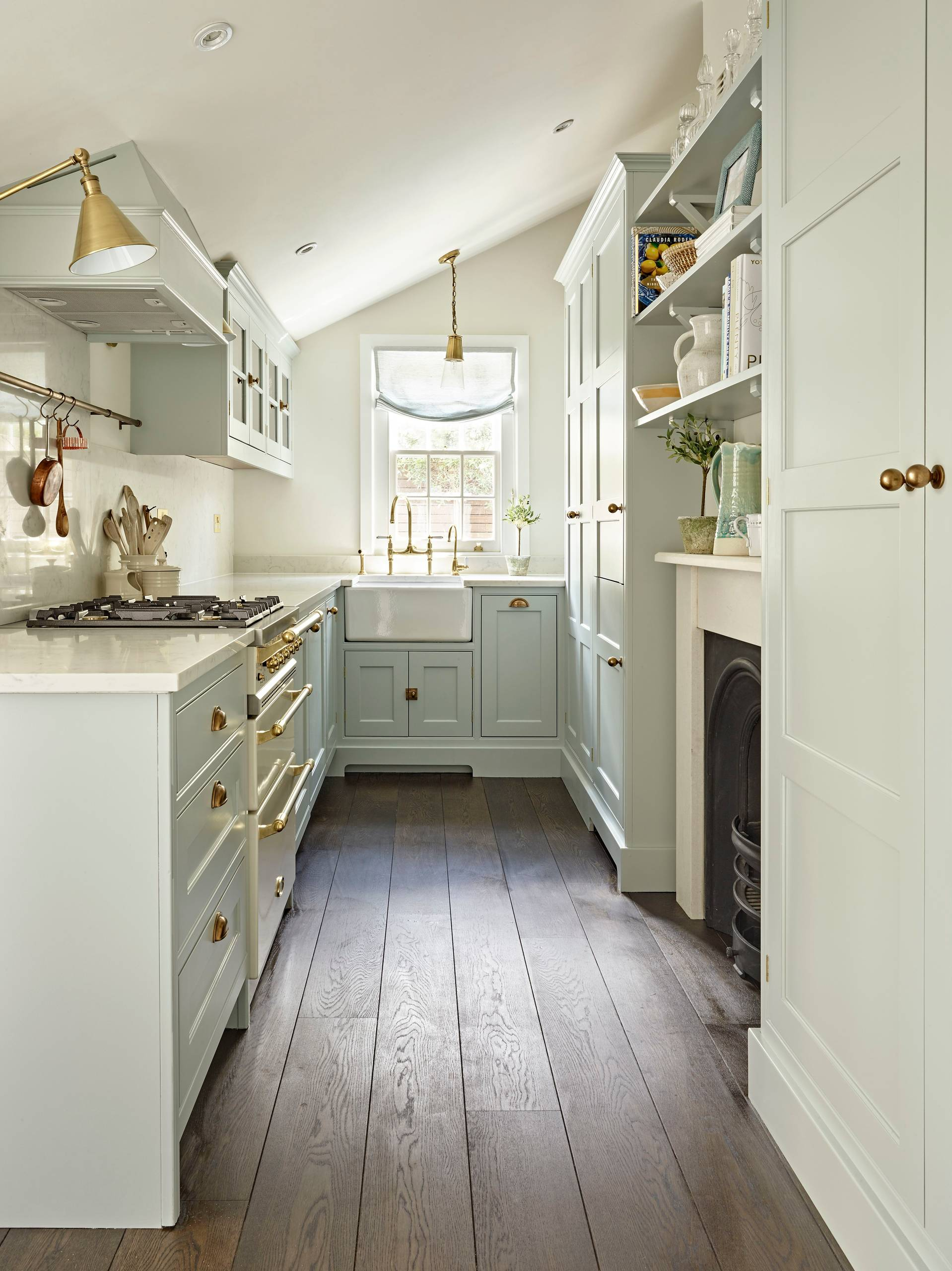 75 Beautiful Small Kitchen With Blue Cabinets Pictures Ideas January 2021 Houzz