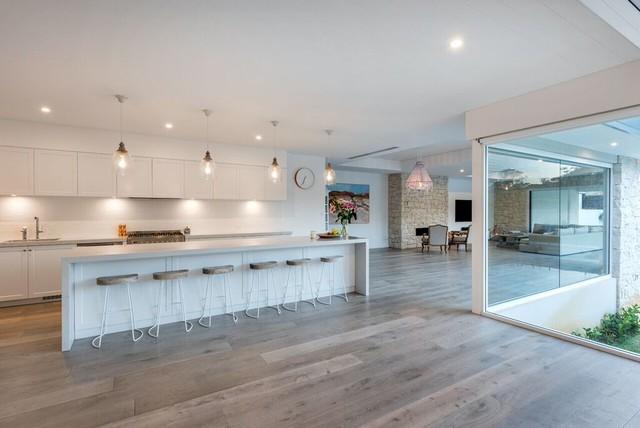 Claremont Residence contemporaneo-cucina