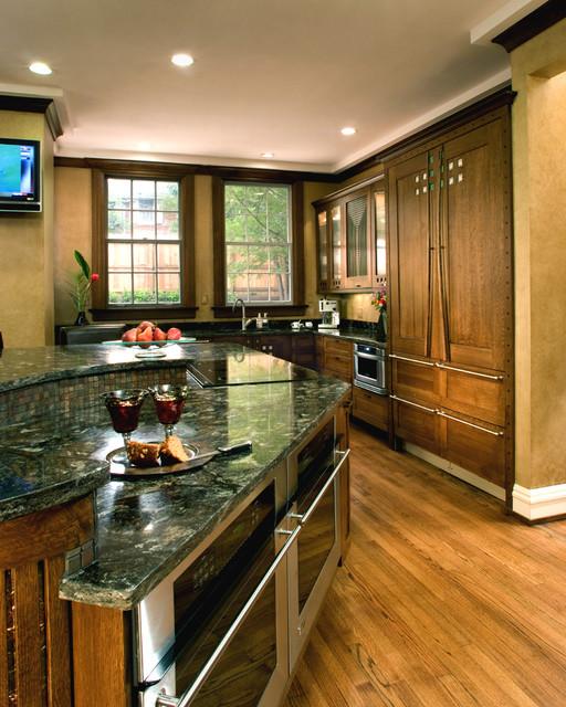 CLARK traditional-kitchen