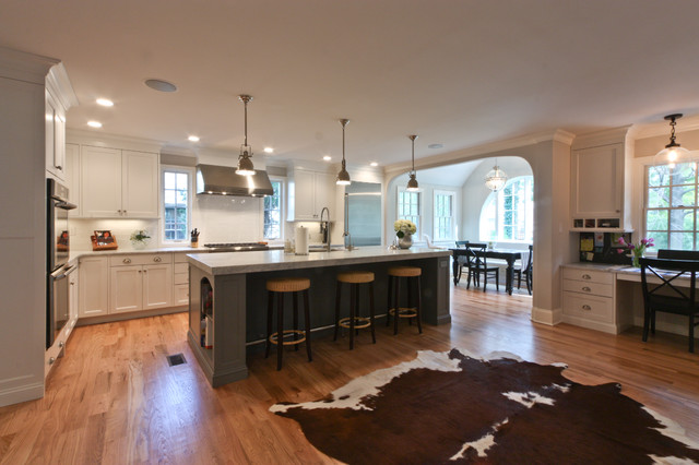 Inspiration For A Timeless Kitchen Remodel In Newark With Stainless Steel  Appliances And Subway Tile Backsplash