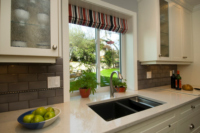 Classic Contemporary traditional-kitchen