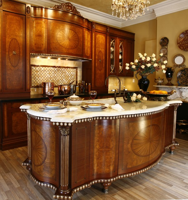 Classic french furniture kitchen for Classic traditional kitchen