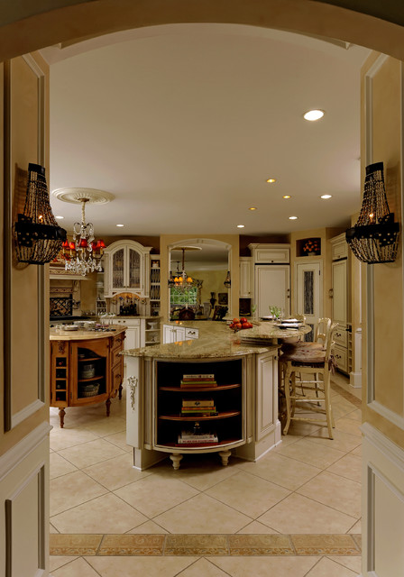 Classic Great Falls Kitchen traditional-kitchen