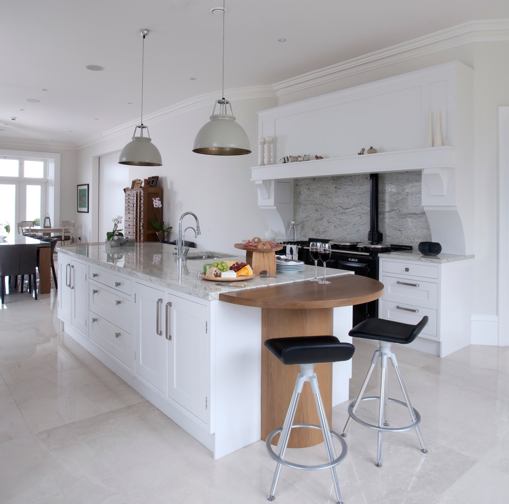 Photo of a classic kitchen in Belfast with an island.