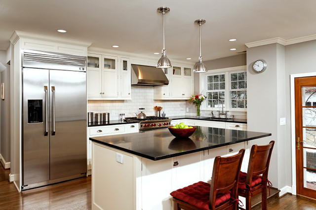 Classic kitchen traditional kitchen dc metro by for Classic kitchen cabinets inc