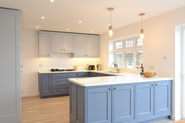 Classic Kitchen In East Sussex Traditional Kitchen Sussex By Simon Be
