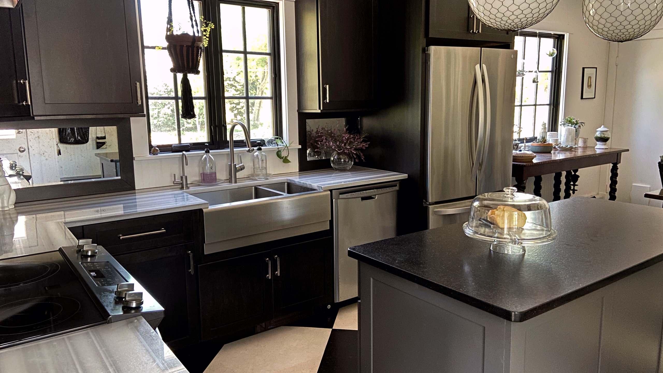 Classic Kitchen - Watch Hill, RI