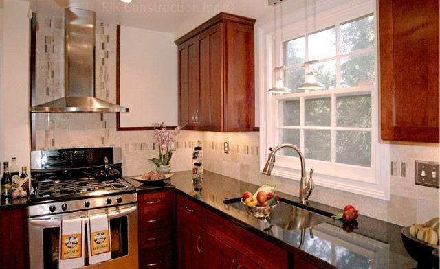 Classic Kitchen with Archway traditional-kitchen
