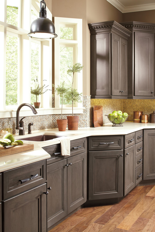 What are the cabinets painted with paint gel stain what for Classic kitchen paint colors