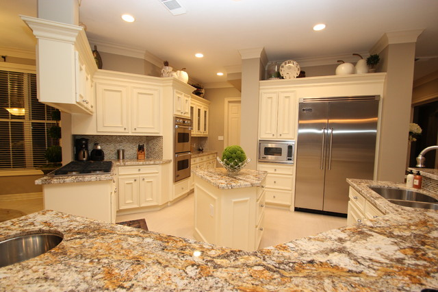 Classic Modern traditional-kitchen