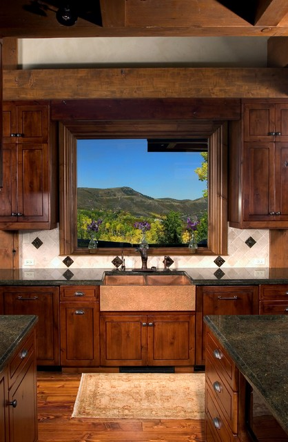 Classic Mountain Style traditional-kitchen