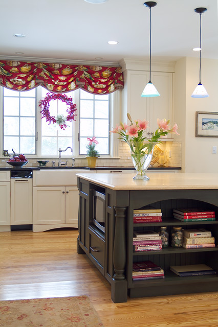 Classic new england home traditional kitchen boston for Classic home designs inc