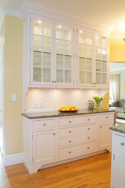 Classic Shaker Style White Kitchen traditional-kitchen