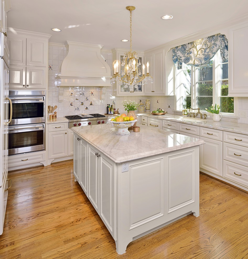 Classic Traditional White Kitchen Remodel Traditional Kitchen Houston By Carla Aston Interior Designer