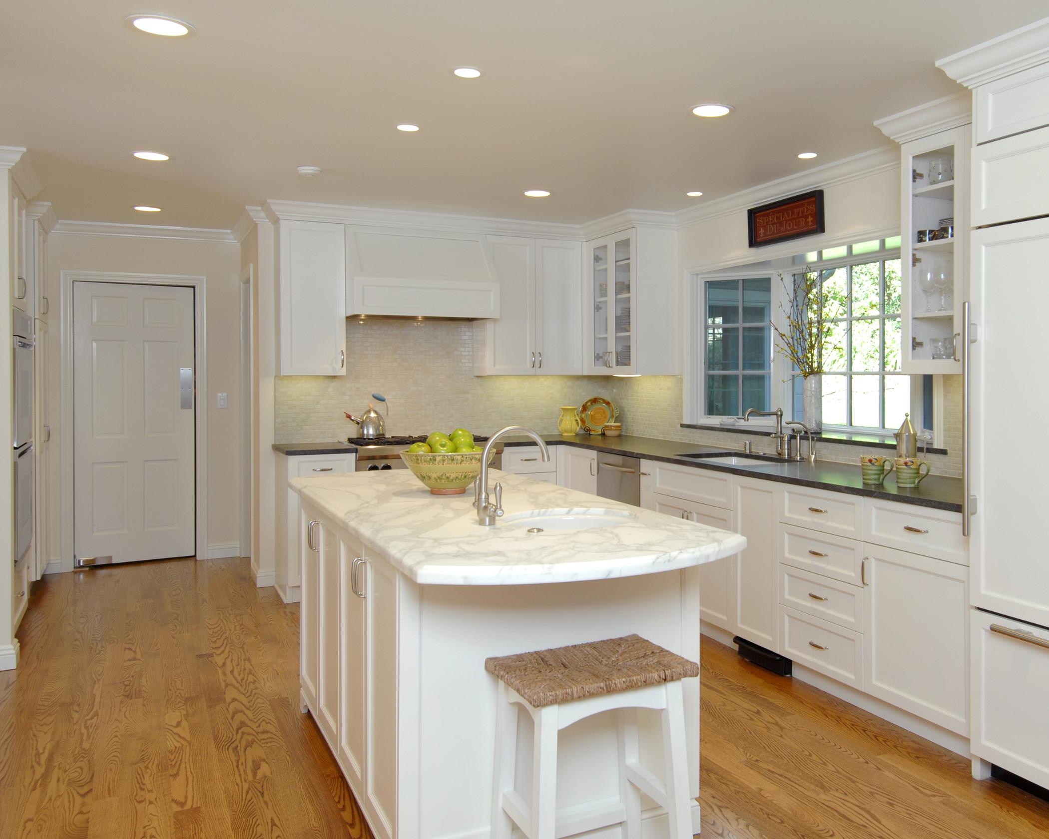 Classic White Kentfield Kitchen