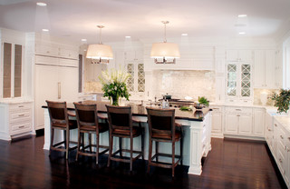Your Guide To Choosing The Best Island Lighting For Your Kitchen - Kitchen island lighting low ceiling