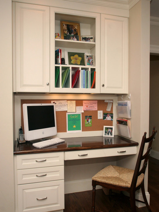 Kitchen desk kitchen design ideas pictures remodel and decor for Desk in kitchen ideas