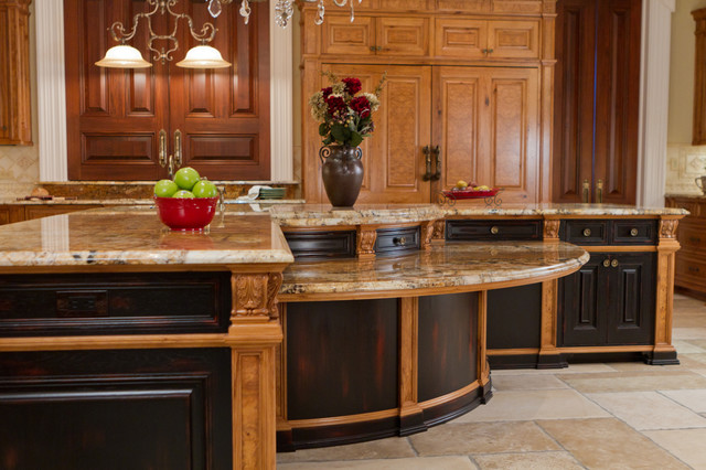 Classical Birch/Hickory/Olive Ash Burl Island traditional-kitchen
