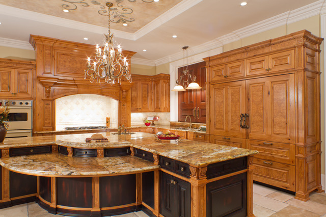 Classical Hickory/Olive Ash Burl Kitchen traditional-kitchen