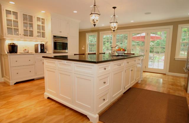 Classically Modern Kitchen traditional-kitchen