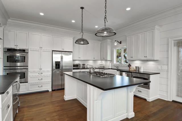 Classy Cottage - Beach Style - Kitchen - charleston - by K ...