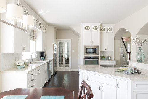 Clean & White Transitional Kitchen