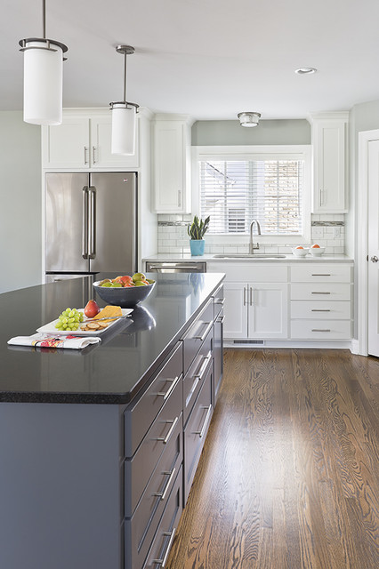 Clean lined Kitchen and Mudroom traditional-kitchen