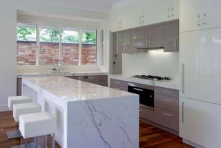 Clean White Bright Contemporary Kitchen Melbourne