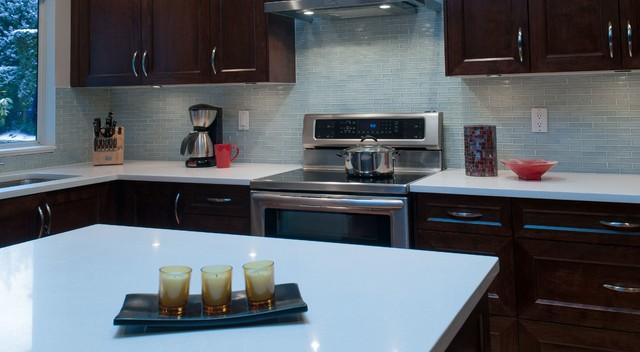 Clear light blue glass kitchen backsplash modern