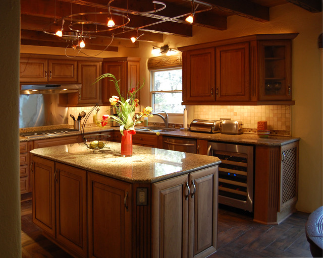 Cleint in Santa Fe, New Mexico - Traditional - Kitchen - albuquerque - by Lowes #1636