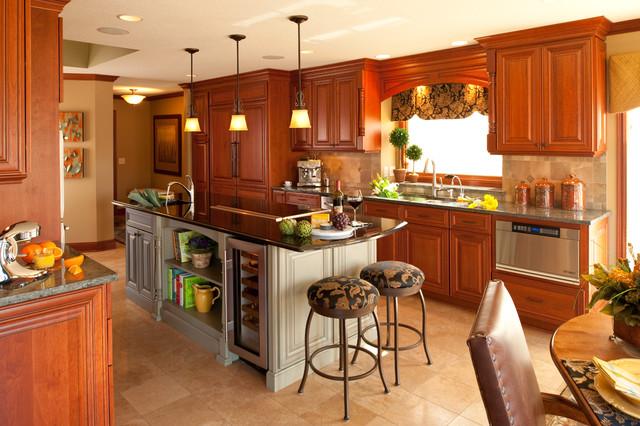 Client home in Eden Prairie traditional-kitchen
