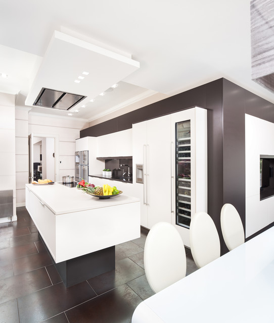 Client Kitchen In Glasgow, Incorporating Dining And TV