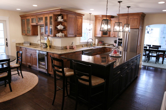 Cozy, Traditional Home Remodel traditional-kitchen