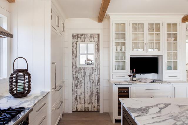 Cliff Road Area - Nantucket - Beach Style - Kitchen - boston - by ...