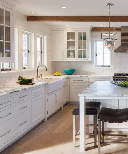 Cliff road area nantucket beach style kitchen for Nantucket style kitchen