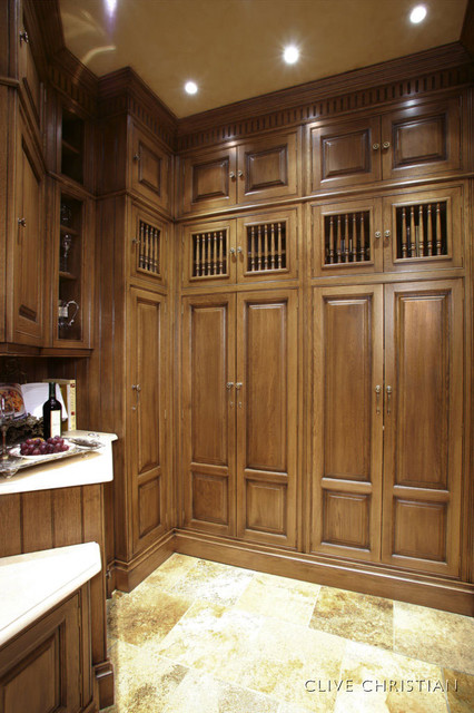 Clive christian kitchen in french oak traditional for Clive christian kitchen designs