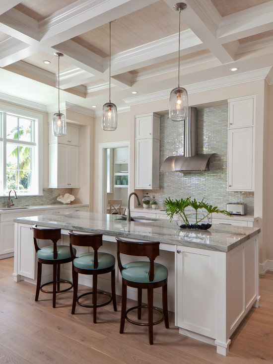 Beach style kitchen design ideas remodels photos for Kitchen remodel pics
