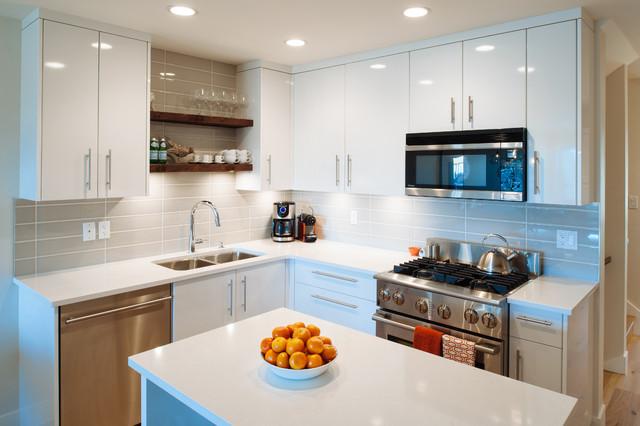 Coastal Contemporary Ocean View Beach Style Kitchen