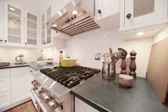 Coastal Cottage contemporary-kitchen