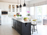 traditional kitchen Inside Houzz: Refaced Cabinets Transform a Kitchen (13 photos)