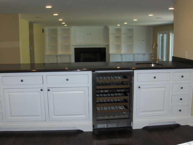 Cohen White Inset traditional-kitchen