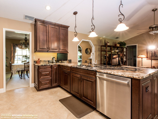 Coleman Waypoint Zelmar Kitchen Remodel Transitional Kitchen Orlando By Zelmar Kitchen