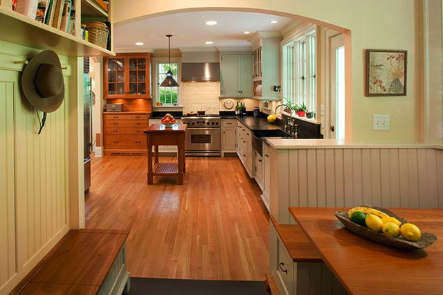College Hill Residence traditional-kitchen
