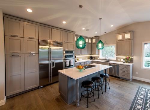 Contemporary Kitchen Renovation in Portland Oregon