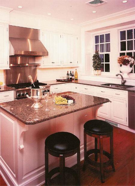 Colonial kitchen restoration traditional-kitchen