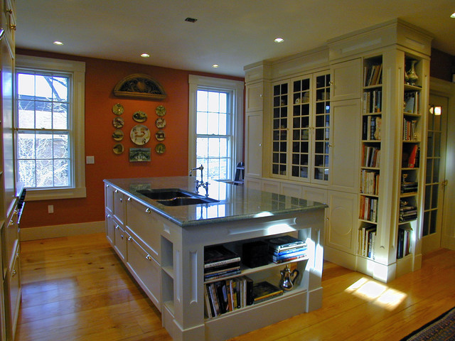 Colonial Revival Kitchen traditional-kitchen