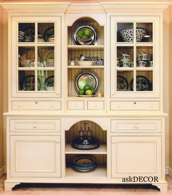Kitchen Designer Orange County: Colonial Style Built-In Hutch