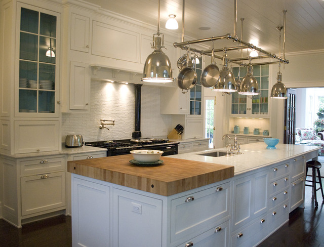 Colonial style kitchen traditional kitchen chicago by erik johnson and associates Kitchen design colonial home