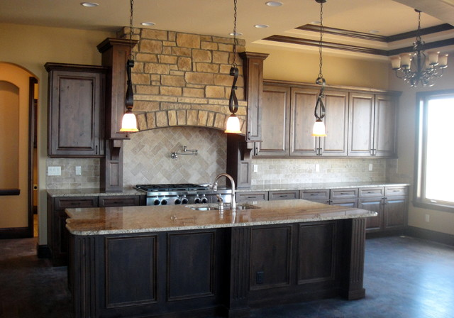 Colorado knotty alder kitchen traditional-kitchen