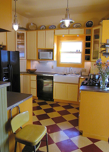 Colorful Alameda Kitchen farmhouse-kitchen